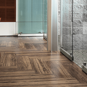 Level Set - Natural Woodgrains (LVT)